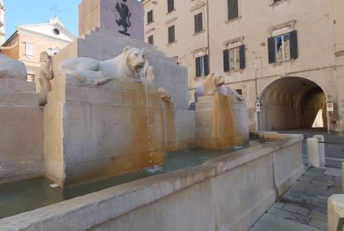 Jesi, referendum sulla fontana dei Leoni: Daniele Massaccesi contro Andrea Pieralisi
