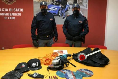 Fano, intercettata l'auto di una banda di ladri: in manette un 24enne albanese