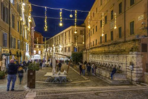Ancona, il bilancio del weekend di shopping natalizio: il parere di istituzioni e commercianti