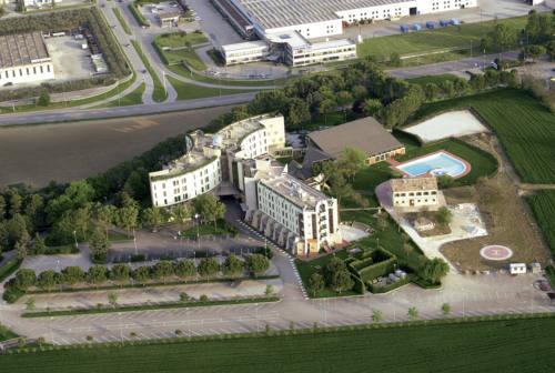 """Jesi, l'hotel Federico II """"approda"""" in consiglio comunale"""