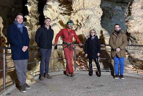 Genga, le telecamere della Rai tornano nelle Grotte di Frasassi