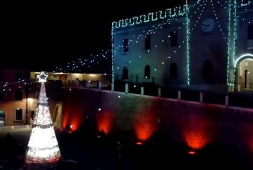 Mondolfo, si è acceso il Natale: inaugurate le luminarie -VIDEO e FOTO