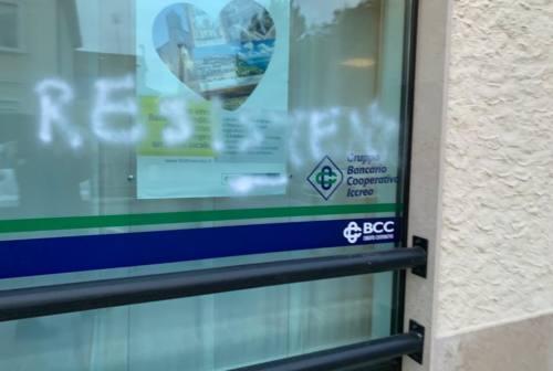 Monte Roberto, tornano in azione i vandali. Il sindaco sporge denuncia ai Carabinieri