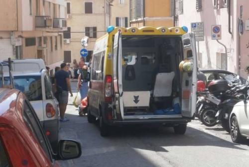 Ancona, investimento in via Ascoli Piceno: 80enne finisce a Torrette