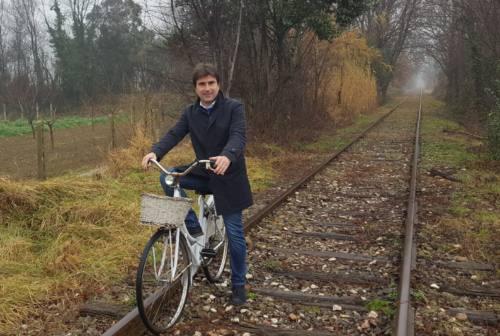 Fano-Urbino, ritardi per la ciclopedonale accanto ai vecchi binari