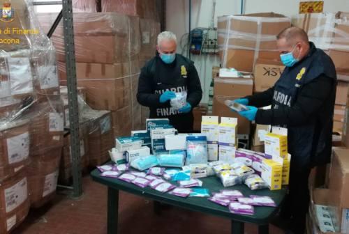 Vallesina, 220 mila mascherine non in regola: maxi sequestro della Guardia di Finanza