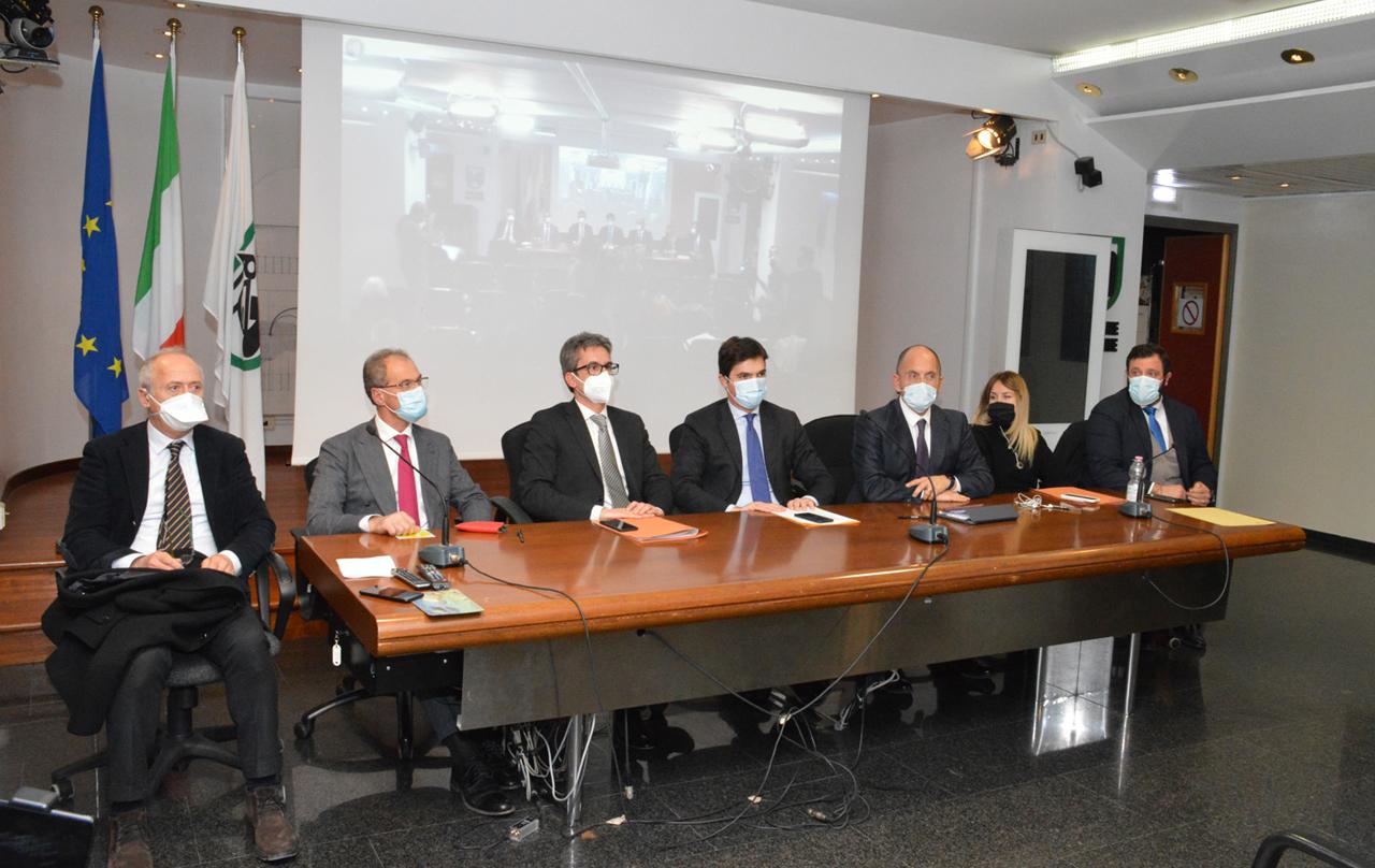 La Giunta presenta Bilancio e Def