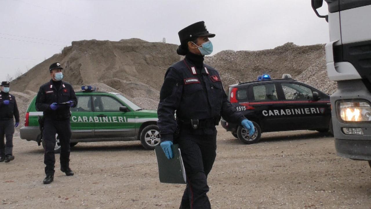 I controlli dei carabinieri forestali alle imprese dei trasporti di rifiuti