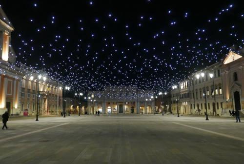 Senigallia, accese le luci di natale – FOTO