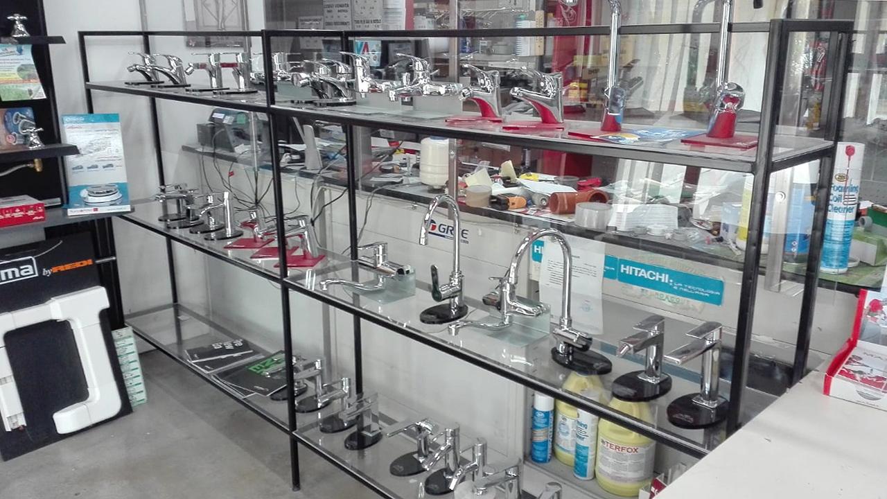 Tantissimi prodotti di rubinetteria disponibili a Punto Clima srl di Ostra