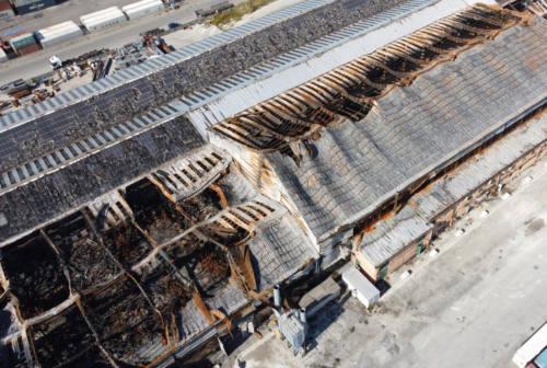 Ancona, l'ombra del dolo sulle fiamme all'ex Tubimar