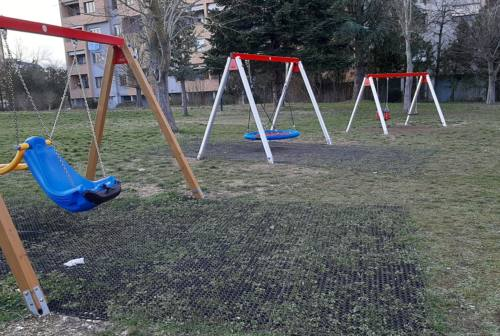 Fabriano: restyling per alcune aree gioco dei giardini pubblici
