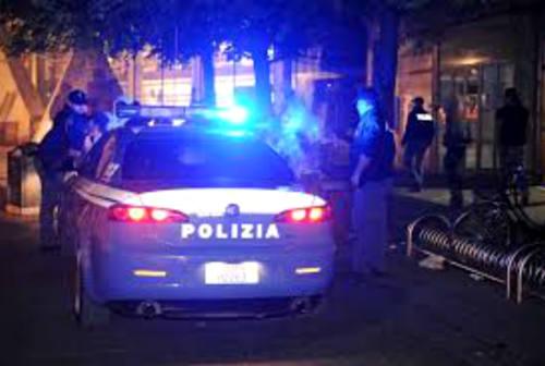 Fano, in città da fuori regione senza giustificato motivo: multa da 400 euro per due giovani
