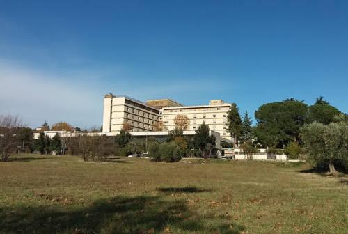 Covid, nel Piceno scatta la vaccinazione di malati cronici e forze dell'ordine