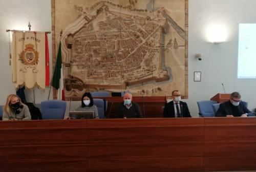 Pesaro, screening a studenti e personale: 387 classi per 8478 alunni e 1117 docenti