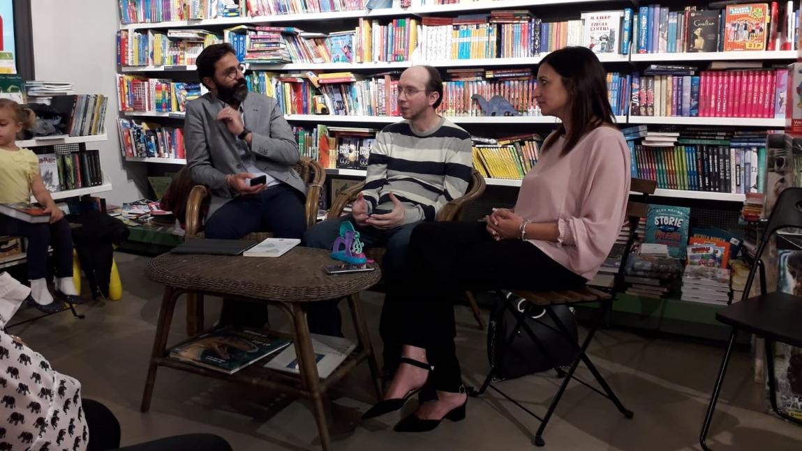 Simone Pancotti ad una delle tante presentazione dei suoi libri