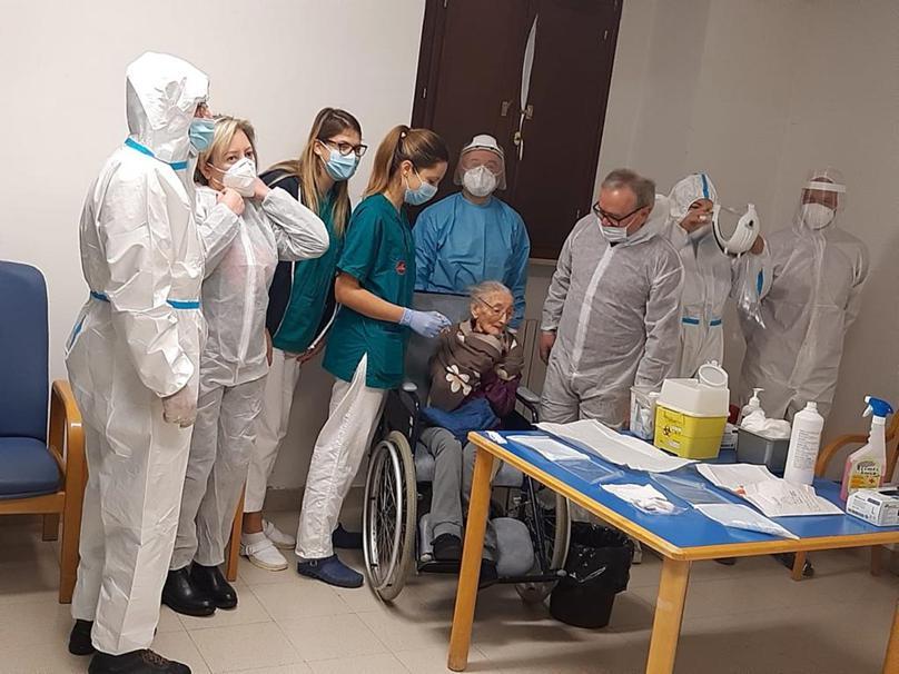 Treia, vaccinazione nella casa di riposo