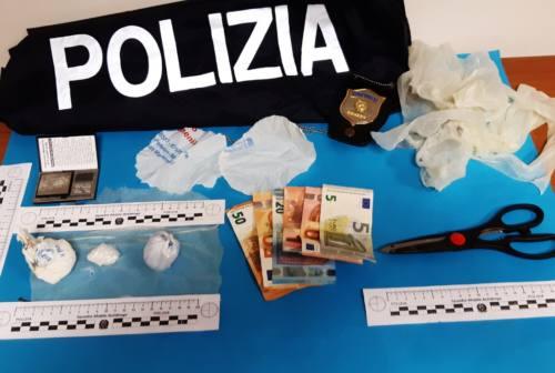Ancona, nasconde mezzo etto di cocaina nell'armadio: Squadra Mobile arresta spacciatore incensurato