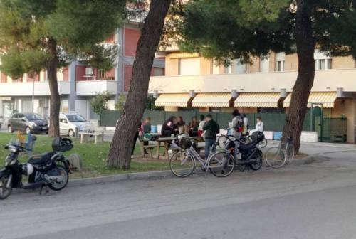 Serra de' Conti, minorenni indisciplinati in assembramenti e senza mascherine