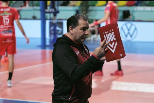 Scossone Lube: esonerato coach De Giorgi