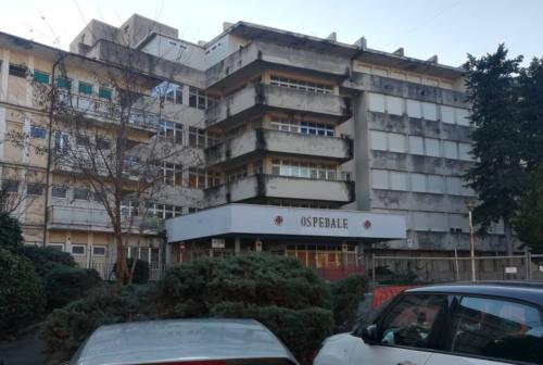 Viale della Vittoria cambia volto: al via la demolizione del vecchio ospedale di Jesi
