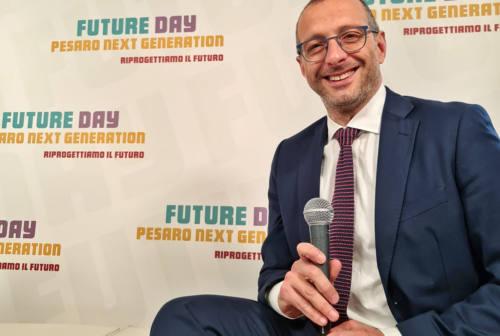 Pesaro, il sindaco Ricci: «La ripresa economica passa dal vaccino, dai cantieri e dai fondi europei»