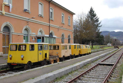 Ruggeri (M5s): «Mediare con il Governo per riattivare la ferrovia Fano-Urbino»