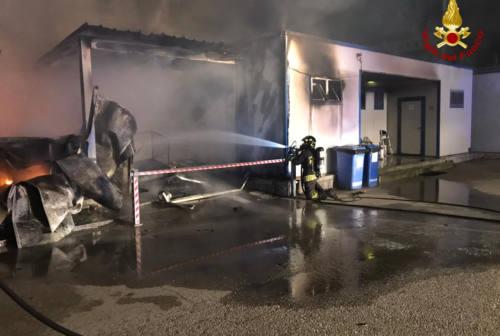 Incendio a Marina Dorica, tra le ipotesi corto circuito accidentale