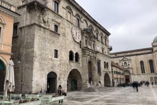 Ad Ascoli si gira il film Le rue della seta, rievocazione dell'epopea dell'industria bacologica