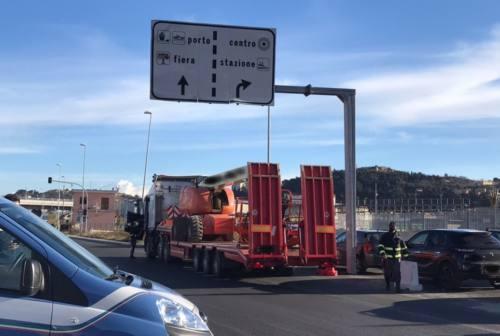 Ancona, trasporti sotto osservazione: al porto due autobus sottoposti a fermo