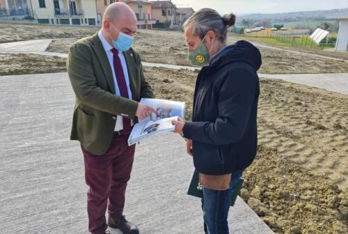 Osimo, il parco urbano a San Sabino sta per nascere: sopralluogo del sindaco