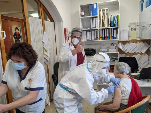 La vaccinazione al Buttari di Osimo
