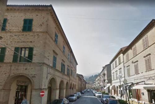San Severino, la via dello shopping si rifà il look