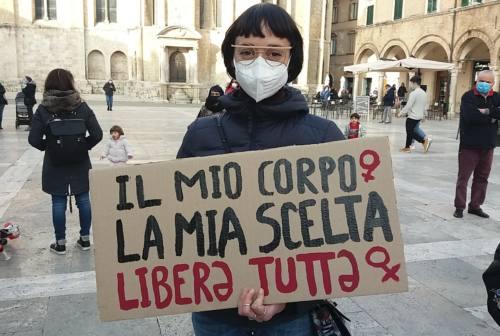 Pillola abortiva, rete femminista verso unione con Umbria, Abruzzo e Piemonte. L'onda della protesta a Fermo