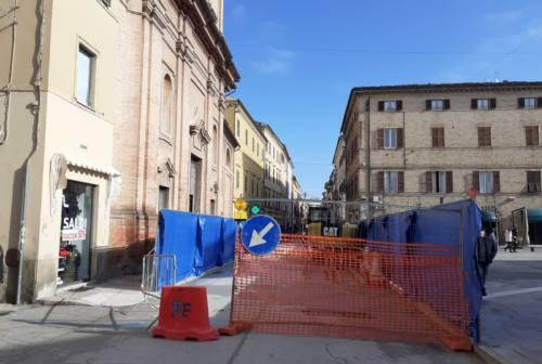 Jesi, cantieri in successione in centro storico