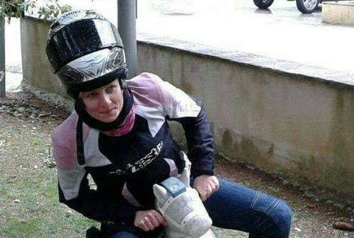 Castelfidardo, la vita di Gessica spezzata sulla strada. L'amica: «Brilla meraviglia»