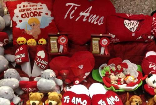 Macerata, San Valentino sfida il freddo. Tour romantici per la città
