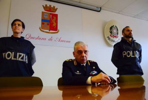 Ancona, un etto e mezzo di cocaina nascosta in bagno: arrestato pusher tunisino