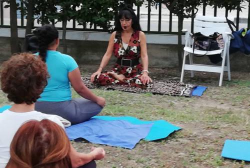 Venarotta, lezioni di yoga online e corso di scacchi gratuiti