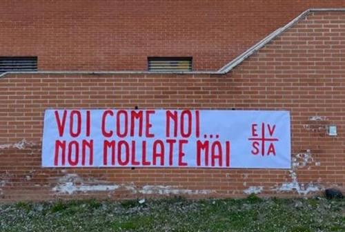 Il calcio d'Eccellenza riparte nonostante il Covid. I tifosi della Jesina: «Vergognoso e evitabile»