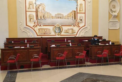 Commissione bilancio, botta e risposta tra opposizione e maggioranza