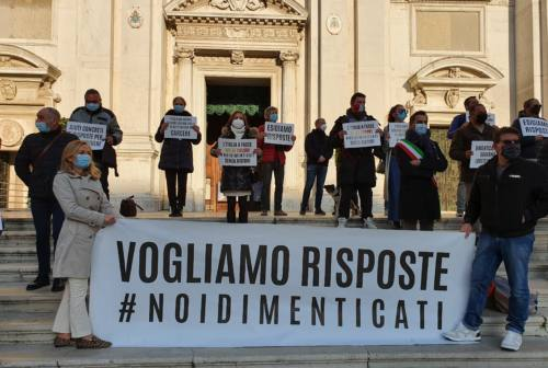 Città santuario: Loreto in piazza contro il Decreto Sostegni