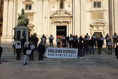 Loreto, i commercianti tornano in piazza: «Serve un intervento immediato»