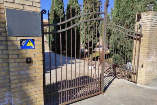 Carenza di loculi nei cimiteri di Osimo, le Liste civiche incalzano: «Servono lavori di ampliamento»