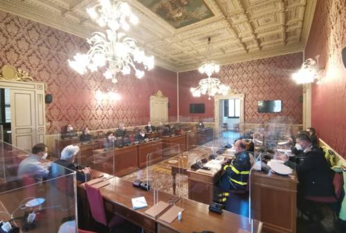 Macerata, la riunione del Centro operativo comunale apre la polemica tra giunta e opposizione