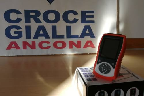 Ancona, un saturimetro in dono alla Croce Gialla