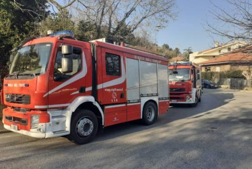 Vigili del fuoco, l'allarme: «A Pesaro manca personale. Sicurezza a rischio»