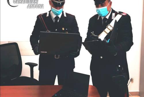 Ancona, ritrovati i pc rubati a scuola: denunciati due studenti