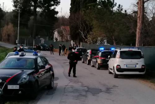 Senigallia, la lite finisce in  tragedia: arrestato l'uomo che ha sparato al figlio