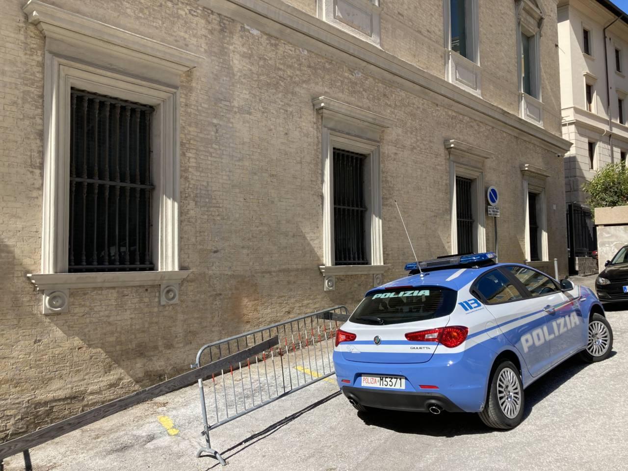 polizia, Ancona